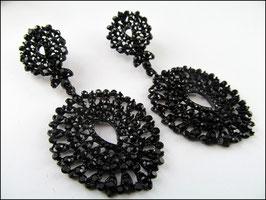 Gothic Ohrhänger in Spitzenoptik schwarz mit verschieden farbigen Strasssteinen