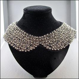 Perlenkragen silber