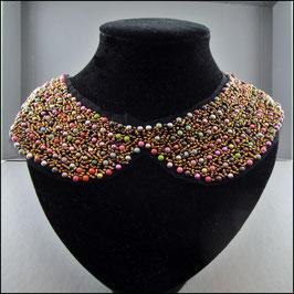 Perlenkragen farbig