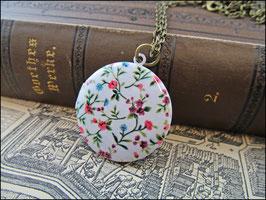 Wunderschönes Medaillon mit emailliertem farbigen Blüten Deckel