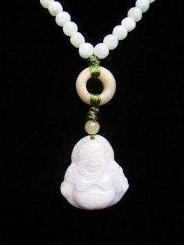 Jadekette mit Buddha-Anhänger - Glücksbringer