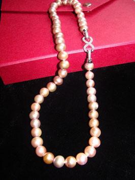 Infinity - die Schönheit der Unendlichkeit - wunderschöne Perlenkette naturfarben viola