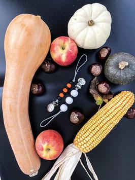 Yummy Clips Halloween Special : Boo & Bones