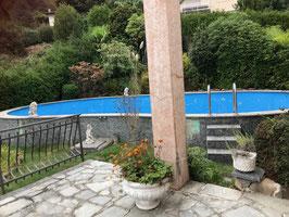 Vendesi villa con stupenda vista aCarona, posizionesoleggiata,tranquilla.