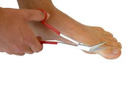 NEU: Zehennagelschere mit gewinkelten Schenkeln