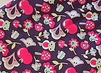 Sweatstoff Violett im Wald