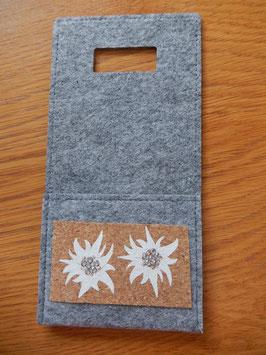 Filz - Ladetasche grau mit zwei Edelweiss