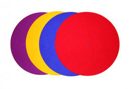 Coloured turntable mat wool