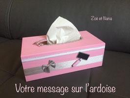 Boite à mouchoirs, cadeau personnalisé, maitresse, astem, nounou... rose Pastel & gris... (ref. Mamirina2)