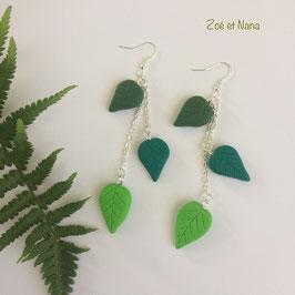 Boucles d'oreilles 3 feuilles vertes