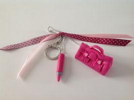 Cadeau Ecole... Porte clé bijou de sac cartable & crayon fuchsia (ref. Cathy)