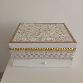 Grand Coffre à bijoux scandinave beige, blanc et doré