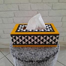 Boite à mouchoirs, jaune, scandinave, tendance géométrique, jaune, noir, blanc, triangles... (ref. PHA)