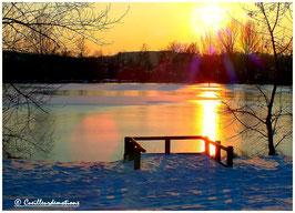 Coucher de soleil sur le lac gele