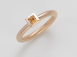 COCKTAILRING 18 kt Rotgold mit Citrin, Princess Cut 3,5 x 3,5 mm
