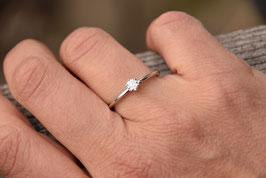 Verlobungsring KRÖNCHEN 18 kt Weißgold mit Diamant