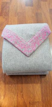 Dreieckstuch aus reiner Schurwolle beige-rosa