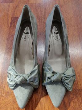 Schuhe flach in khaki