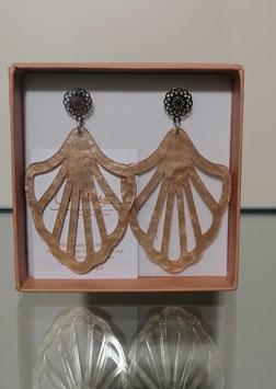 Edele Ohrringe von der Designmanufaktur SEENBERG - beige