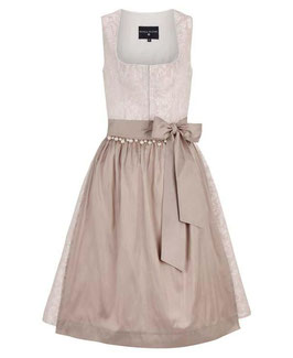 Dirndl Amelie in Rose´ von KINGA MATHE.