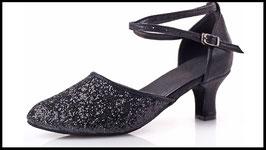 Chaussure de danse noire à paillette