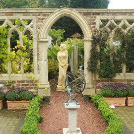 LA MAISON ROHLOFF Whitestone Abbey
