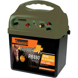 Elettrificatore per recindi di 30 km a batteria ricaricabile con pannello soloare  RB 880 9 V/12 V Battery energiser with solar charging facility