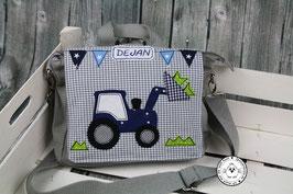 """Kindergartentasche/-rucksack """"Traktor mit Frontlader"""""""