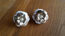 Kleine Doppelblumen als Mähnenschmuck oder Trensenschmuck