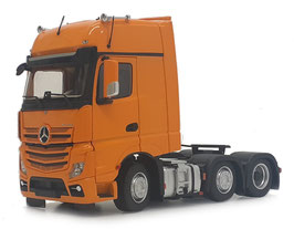 Mercedes-Benz Actros Gigaspace 6x2 yellow