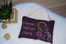 Coussin Loup prune