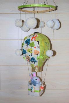 Mobile bébé montgolfière lapin