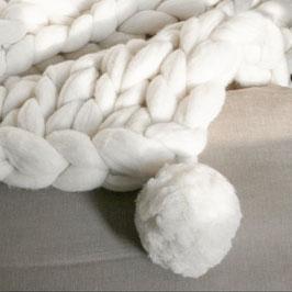 Combideal: (col)sjaal met muts (wit)