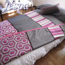 ベッドスプレッド ジェスパ Jespa 色:ピンク サイズ:シングル180×270cm