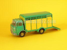 Dinky Toys Berliet GAK bétaillère Ref 577
