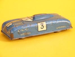 voiture de course en fer blanc