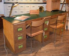 Doppelpult mit 3 Schubladenblöcken 40er Jahre