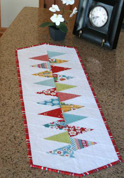 Winding Road Table Runner, Cut Loose Press, Gudrun Erla