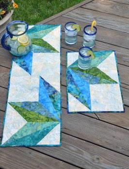 Split Diamond Table Topper, Cut Loose Press, Erin Underwood