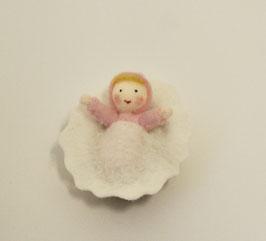 Baby in Walnut, rosa