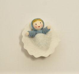 Baby in Walnut, blau