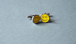 Manschettenknopf mit Kunststoffeinlage und Gravur   Motiv: Smiley