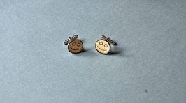 Manschettenknopf mit Holzeinlage und Gravur. Motiv:  Smiley