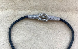 Silber Kordel Armband mit Gordischem Knoten, flexibel anliegendes UNISEX Freundschaftsband