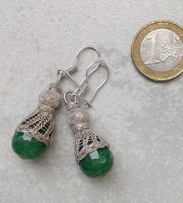 Ohrhänger mit Jade in Tropfenform in Feindraht Silber Geflecht mit Perle