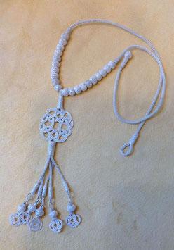 Silber Collier Endlosknoten mit Reihung von Feindraht Perlen und Quaste mit Perlen