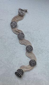 Silber Armband, runde stilisierte Rosenknöpfe Agraffen mit verdecktem Verschluß