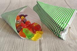 Spitztüten aus Papier grün-weiß gestreift