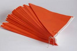 Orange Spitztüten aus Papier