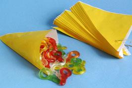Gelbe Spitztüten aus Papier